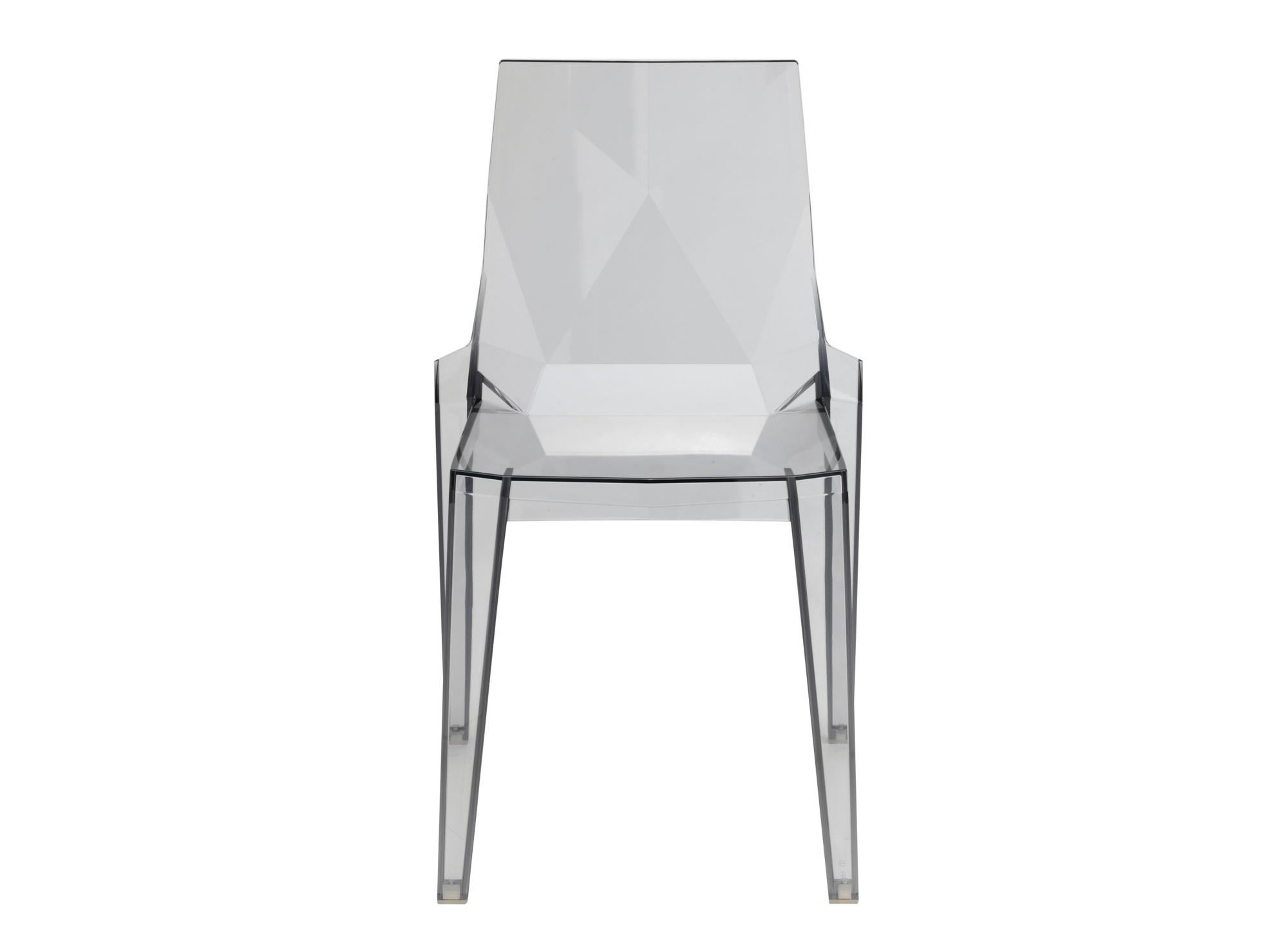 Chaise en polycarbonate. fume.
